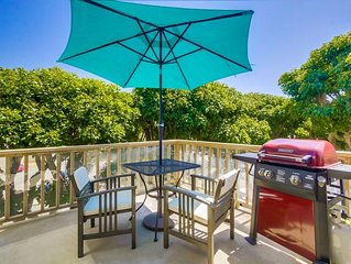 Spacious Remodeled Two Story Beach Condo
