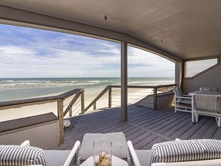 Beautiful Oceanfront Penthouse ~ Incredible Views ~ Pool