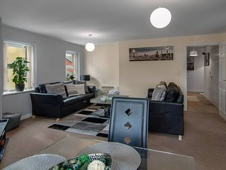 VISIT BLACKPOOL IN STYLE - 2BED, FREE PARKING