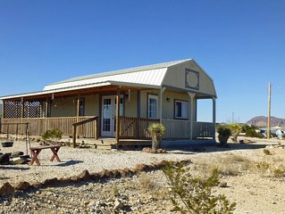 Lorna's Ghost Town Cabin: Make the most of your vacation time. Convenient cabin