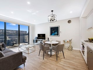 NEW! One Bedroom Standard at Manhattan Apts Glen Iris