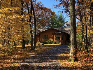 Lakefront Log Cabin; Winter and Summer Fun, 10 minutes from Minocqua.