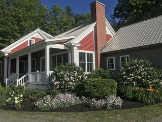 Newly Renovated Farmhouse With Hot Tub, Great Location & Views