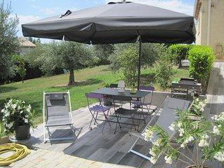 Charmant appartement au calme avec piscine chauffée, terrasse et jardin