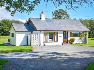 Bryn Penmaen is a modern detached bungalow, enviably located on the 100 acre Pen