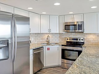 Sandpiper Condominiums 307L, Panoramic Gulf Views w/ direct access to Mustang Is
