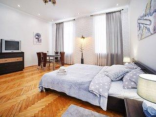 Spacious apartment in the center