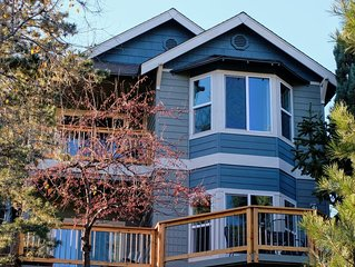 Sunshine House - A Treehouse View of Pilot Butte & a Short Riverwalk to Downtown