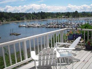 Yacht Club Waterfront Beachhouse