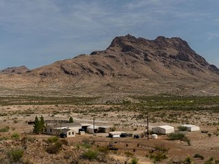 Corazones Draw Ranch: Spacious Ranch House PLUS a Casita AND Camping. 400 acres