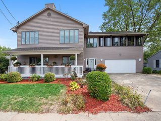 Gorgeous sunset views and a spacious home close to everything in New Buffalo!