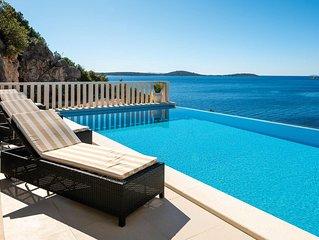 Komfortable Villa mit herrlichem Meerblick