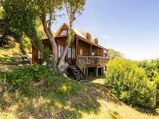 Chapmans Peak - Cozy Cabin with amazing views and close to beach and amenities