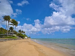 Quiet Hauula townhome with ocean and mountain views.