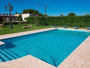 Villa Red con piscina / Lido + pasto- inclusi