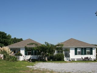 Harbor View Cottages-Overlooking Historic  Harbor and Beach