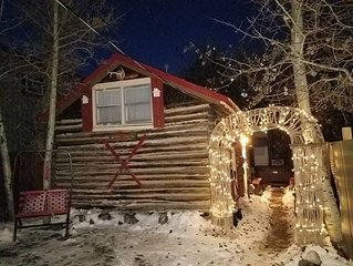 A Little Cabin with hot tub in Red Lodge, Montana.
