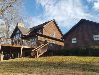 Beautiful Lake House!