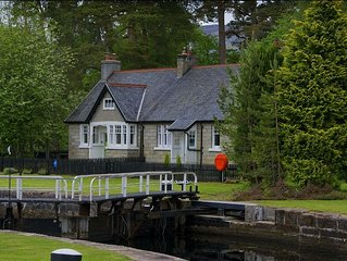 Sandray Cottage -  a scottish canal that sleeps 4 guests  in 2 bedrooms