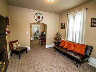 Your Main Stay at the All Saints District-Pet Friendly-King Size Bed -DUPLEX