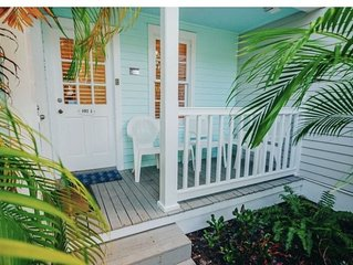 Tiki BeachToo! Pre holiday special.  just 2 blocks to Duval, bikes, pool, grill