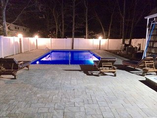 Resort Style Backyard/ Chalet all Newly Renovated/Heated Private pool
