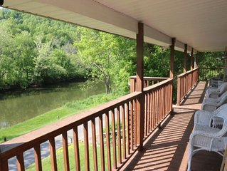 Relax on the North Fork River- Includes Kayaks/Canoes