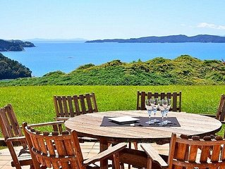 Serene at Sandspit - Sandspit Holiday Home