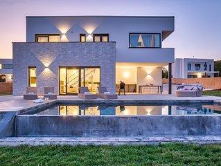 Villa Cala Sonriso '2km to the sea'Infinity pool'Nature'
