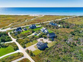 Modern, Spacious Beach House in Cisco with Ocean Views