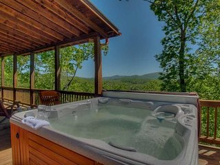 Heavens View- Spectacular Views | River Rock Fire Pit | Mineral Bluff | Hot Tub