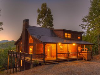 Mountain Laurel Hideaway- Pet Friendly | Screened Porch | Outdoor Fireplace