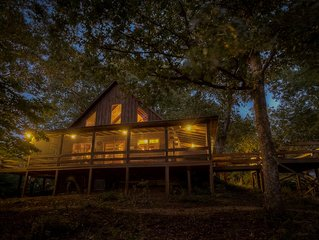 Eagles Nest- Pet Friendly | Screened Porch | Hot Tub | My Mountain