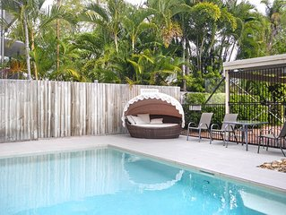 Tidy Townhouse Represents Great Value, Only A Short Stroll To Noosa Main Beach