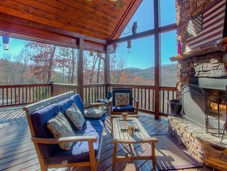 Buckhead Hideaway- Outdoor Fireplace | Stunning Views | Hot Tub