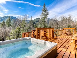 Beautiful, Dog-Friendly Cabin w/ Stunning Mountain Views, Hot Tub, & Dry Sauna!