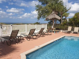 Luxurious Condo - Only Steps To The Beach. HIGHLY RATED AND UPGRADED!