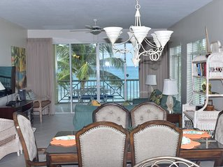 Seven Mile Beach Oceanfront 3 Bedroom Condo with Pool/Jacuzzi