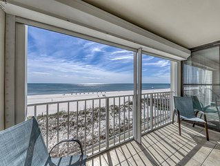 Updated, Gulf front condo w/ beautiful views, shared pool, sauna, and hot tub!