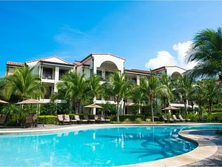 Luxurious Pacifico Pool Side Condo in the center of Coco