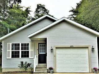 Lakeside Gem-your home base located close to lake, new central air July 2020!!