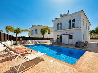 Luxury 4 Bedroom villa -3 minutes walking distance from the famous Nissi Beach