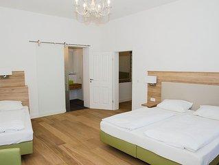 Exklusive Gastewohnung am Neckar mit Kuche, Wohn- und Esszimmer