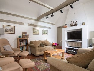 Lovely, ideally located, recently updated English home in Alcester, Warwickshire