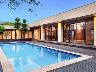 Karma Seas ... luxurious poolside retreat