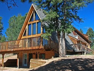 Mountain Chalet W/Pikes Peak View & Hot Tub, Rent 2-10 Bdrms.