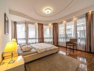 Grosse Luxus Wohnung - Zentral gelegen - 5 Zimmer - 146 qm