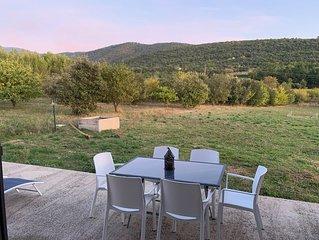 Provence - Au pied du Mont Ventoux