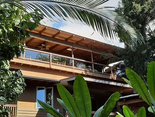 Tropical Penthouse Snorkel, Swim, Sunset Walks at Kealakekua Bay, Big Island,
