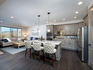 4-Bedroom Huntsville, Utah Vacation Rental with Lake Views. EW9